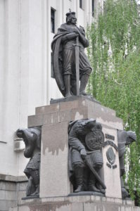 This monument was rebuilt in 1990 on the initiative of the public movement AKURUS, Lithuanian citizens, and Lithuanian victims of emigration, commemorating the 580th anniversary of the Battle of Žalgirls (15 July 1410). On 15 July 2010, a steel capsule with soil from the field of the Battle of Žalgirls was inserted in the monument to commemorate the 600th anniversary of the Battle of Žalgirls.