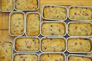 mini-loaves of lemon-cranberry bread
